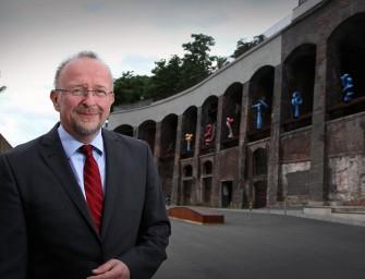 Axel Schäfer weist Kritik an Ministerpräsidentin Hannelore Kraft zurück
